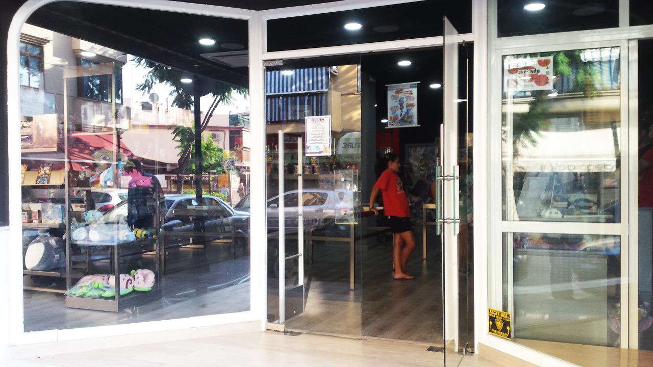 Comicstores_ronda_01